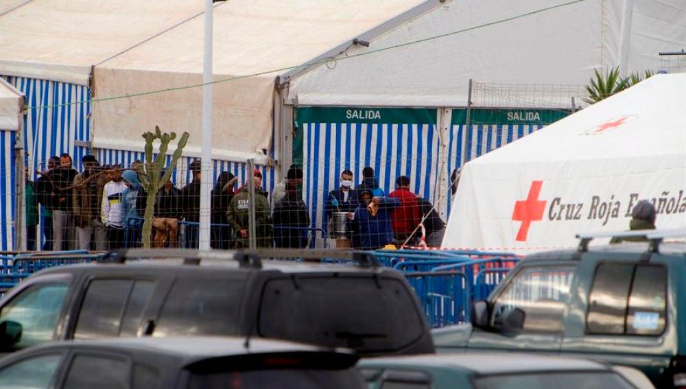 21/08/2020 12:32 (UTC) Crédito: EFE Fuente: EFE/EFE Autor: F.G.Guerrero Temática: Sanidad y salud » Epidemias y plagas Vista del Centro de Estancia Temporal de Inmigrantes (CETI) de Melilla.