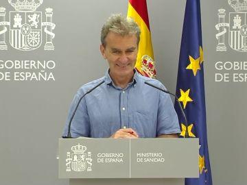 """La extraña frase de Fernando Simón en plena reuda de prensa: """"Voy a meterme el dedo en la nariz"""""""