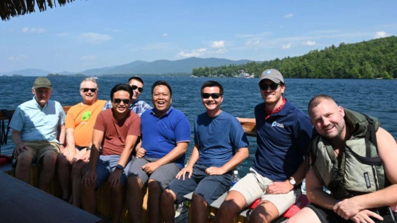 El grupo de sacerdotes y seminaristas que salvó a Jimmy MacDonald
