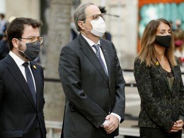Quim Torra acompañado de Pere Aragonès y la consellera de Presidencia, Meritxell Budó