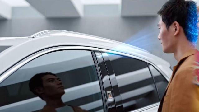 Abriendo el Cadillac XT4