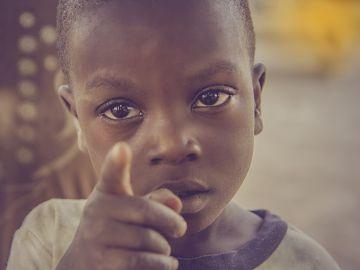 Imagen de archivo de un niño de Nigeria