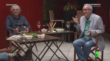 """La primera vez de Juan José Millas y Arsuaga en un sex shop: """"Lo pasamos muy bien, estuvimos dos o tres horas"""""""