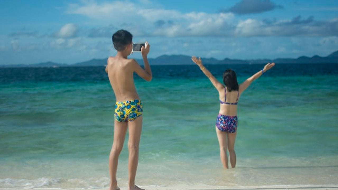 Piden dos años de cárcel para un turista por hacer una crítica negativa de un hotel de Tailandia