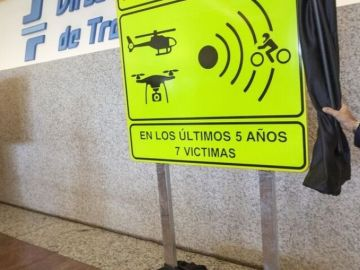 Nuevas señales de tráfico de la DGT para motoristas.