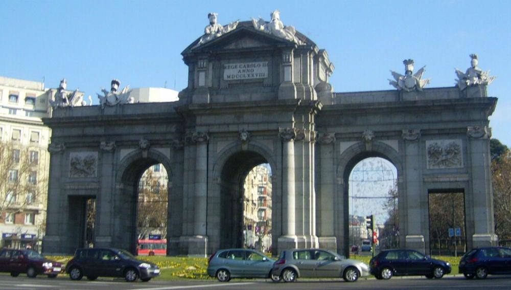 Confinamiento en Madrid: estos son los documentos que necesitas para circular en coche