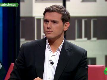 """Rivera: """"Podemos no engaña a nadie, es nítidamente antimonárquico. Es el PSOE el que está en entredicho"""""""