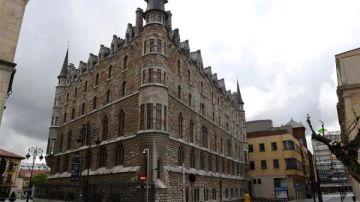 Vista del Edificio Botines en León