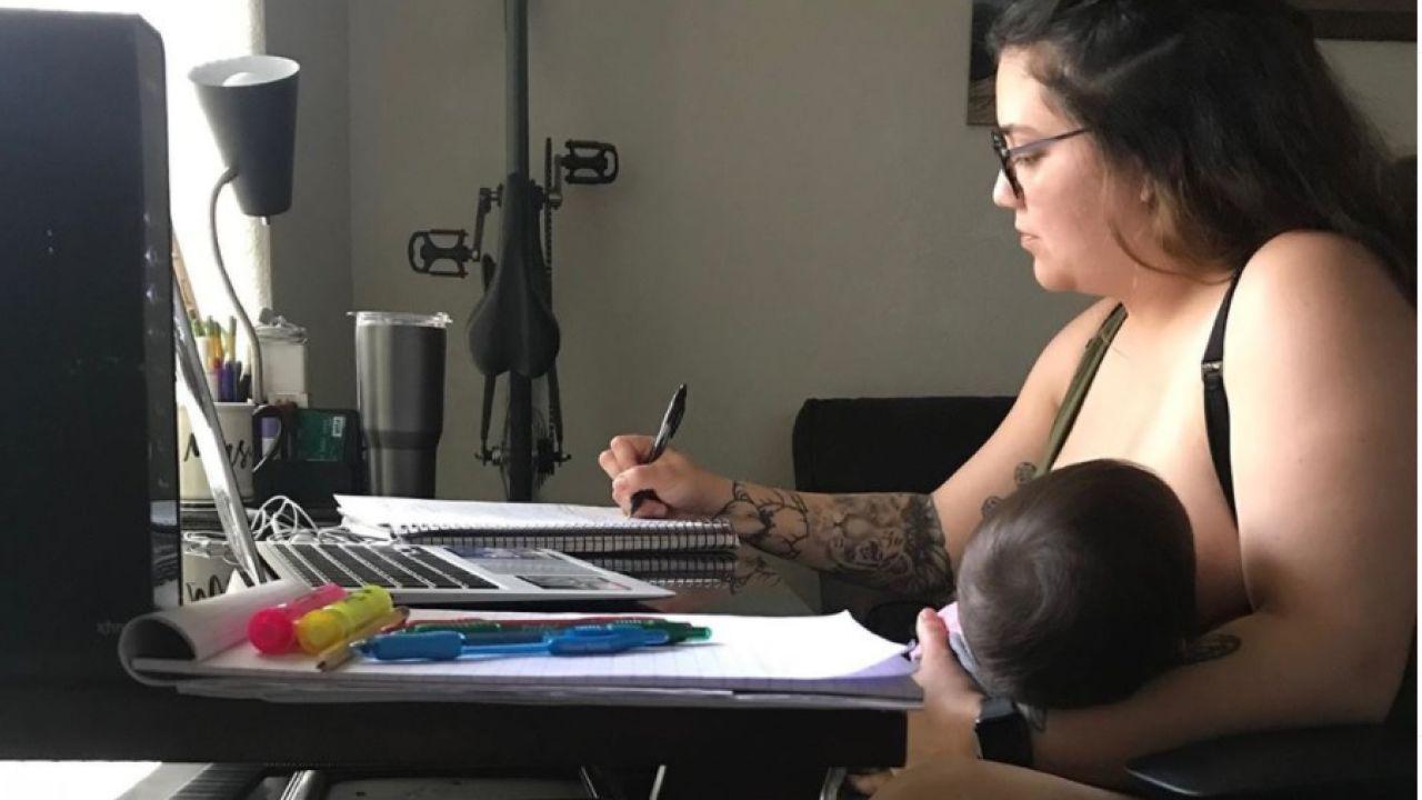 Marcella Mares ha compartido en sus redes sociales una imagen amamantando a su bebé.