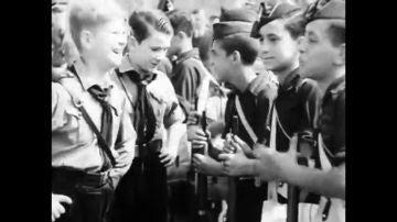 Las juventudes de Franco y Hitler, soldados y amigos: así confraternizaron los 'hijos' de la patria española y alemana