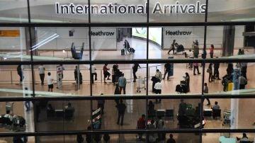 Terminal de llegadas internacionaes del aeropuerto de Heathrow.