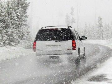 Las temperaturas extremas pueden hacer sufrir a nuestro coche