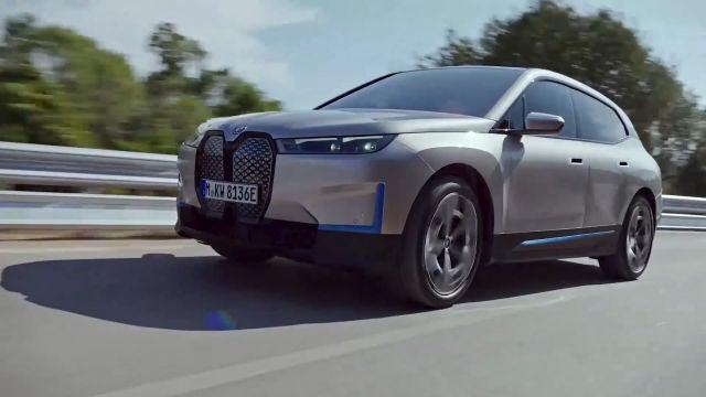 BMW presenta un nuevo SUV eléctrico