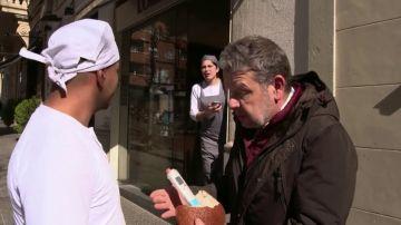 """Una panadera interrumpe la entrevista de Chicote: """"No podemos hacer esto, que llamen a la supervisora"""""""