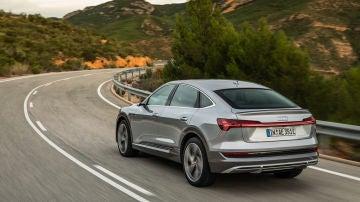 Audi e-tron MY21