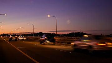 La noche puede dificultar nuestra visión al volante