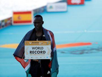 Kibiwott Kandie, récord del mundo