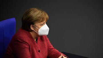 """Merkel, emocionada:  """"Si resultan ser las últimas navidades con los abuelos, habremos cometido un grave error"""""""