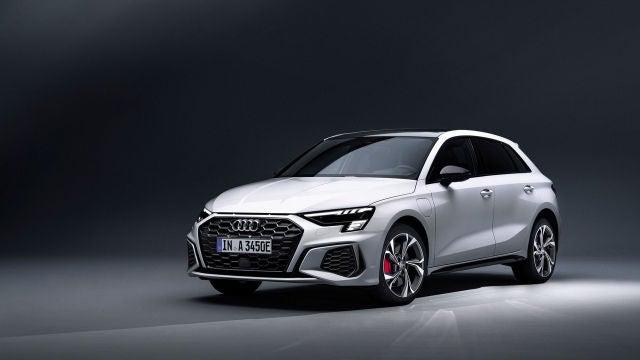 El Audi A3 45 TFSI e puede rodar 74 kilómetros solo en modo eléctrico