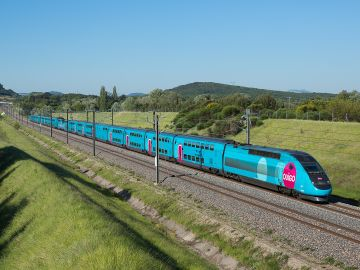 El tren Ouigo llega a Atocha, estrenará la liberalización ferroviaria en España