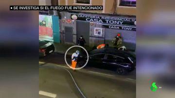 Muere un niño de tres años por un incendio en un edificio de Valencia: su madre y sus hermanos, en estado grave