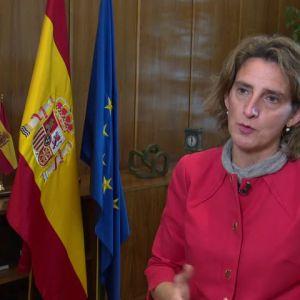 Ribera plantea ampliar la prohibición de cortar la luz y el agua durante la pandemia a principios de año y explica la figura de mediador