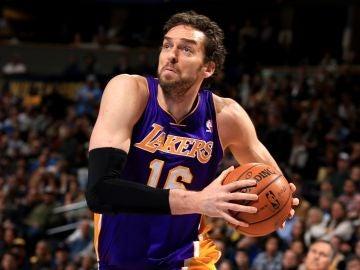 Pau Gasol, con los Lakers