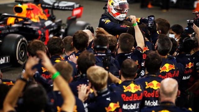 Max Verstappen logra su segunda victoria del año