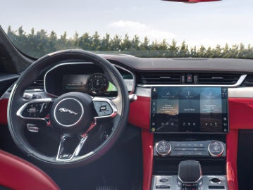 El sistema de infoentretenimiento de Jaguar cuenta con un diseño líder en el sector