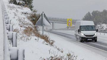 La borrasca Filomena ha obligado a cortar cuatro carreteras por acumulación de nieve en Cataluña