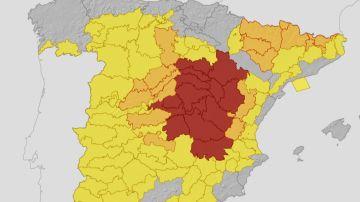 El mapa de las alertas por temperaturas extremas en España