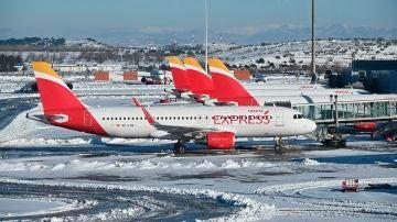 Aviones de Iberia Express en el aeropuerto de Barajas