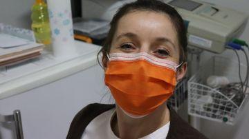 enfermera con mascarilla