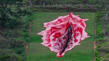 Escultura gigante de una vagina en Brasil