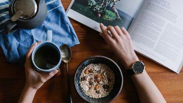 desayuno y lectura