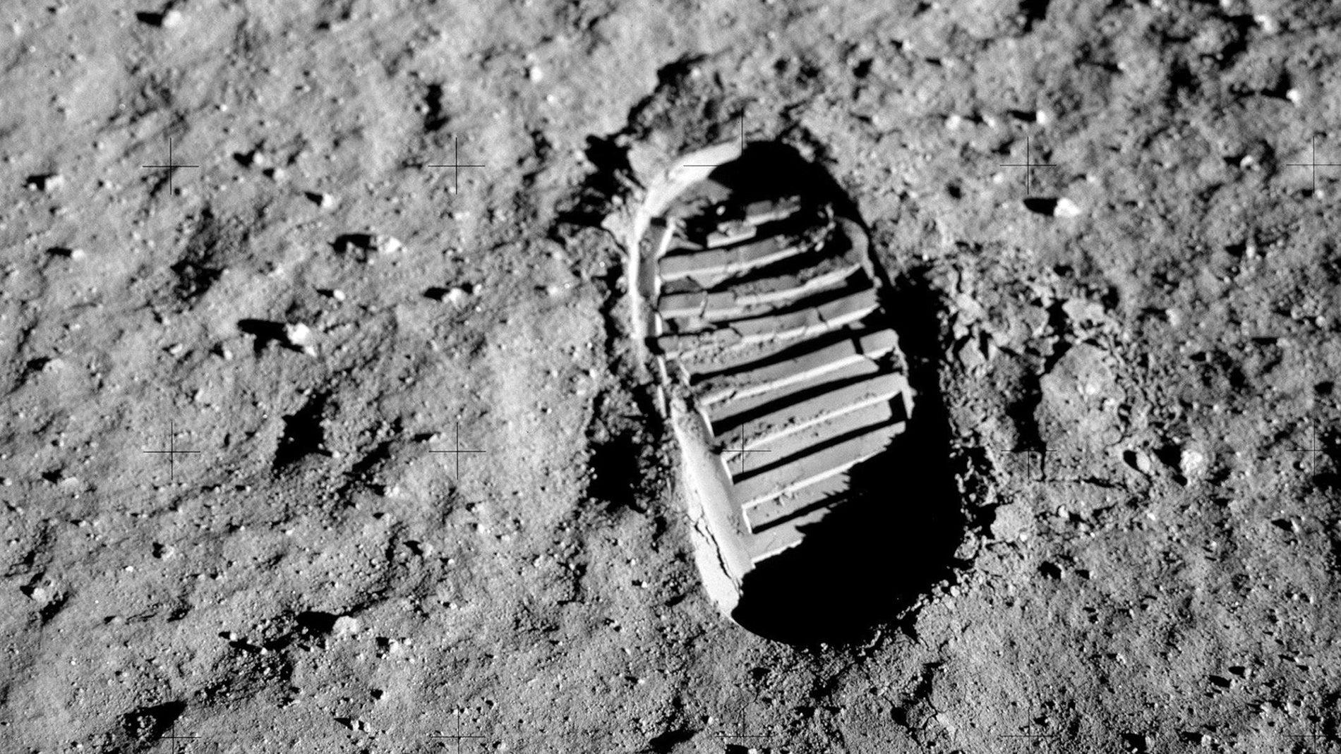 Que pasara con las primeras huellas humanas en la Luna