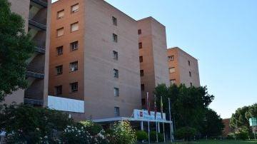 Fachada principal del Hospital Universitario Príncipe de Asturias, en Alcalá de Henares.
