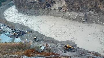 Riada provocada por la rotura de un glaciar en India