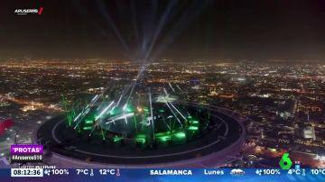 Así fue la espectacular actuación benéfica de David Guetta desde un helipuerto de Dubai