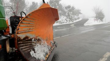 Vista de la carretera LU-633, este domingo en O Cebreiro, Lugo.