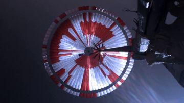 Paracaídas del rover Perseverance de la NASA