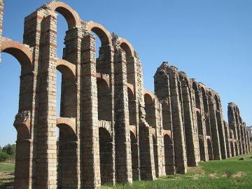 Acueducto de los Milagros. Mérida