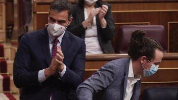 El presidente del Gobierno, Pedro Sánchez, y el vicepresidente Pablo Iglesias