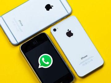 WhatsApp y unos iPhone
