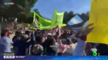 El vídeo de la agresión al presidente de Argentina, Alberto Fernández, en un acto oficial
