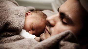 El primer Día del Padre con el permiso de cuatro meses: así nos ha cambiado