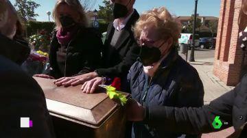 Rosa María logra enterrar a su padre, fusilado en la Guerra Civil, tras 40 años de búsqueda