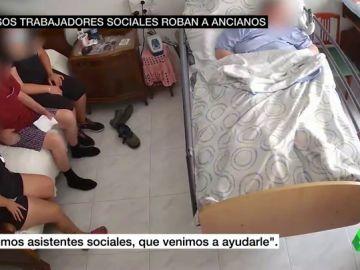 El vídeo de seguridad que destapa el modus operandi de una banda que estafaba a ancianos en Alicante