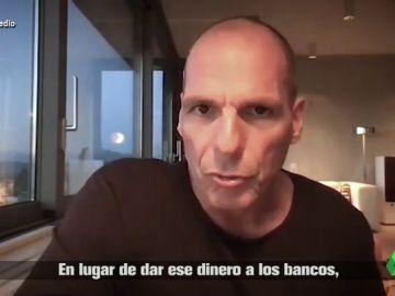 """Las soluciones de Varoufakis a la crisis europea por el COVID-19: """"¿Por qué no poner 2.000 euros en la cuenta corriente de cada ciudadano?"""""""