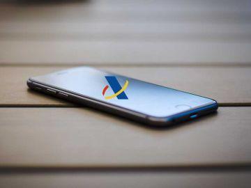 Agencia tributaria en smartphone